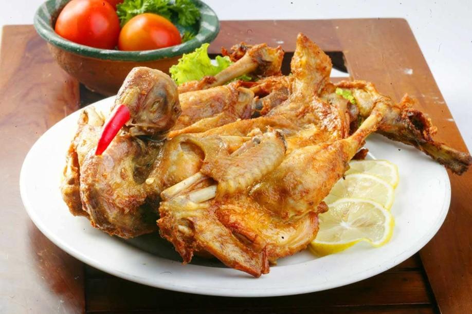 Ayam Goreng Khas Situbondo