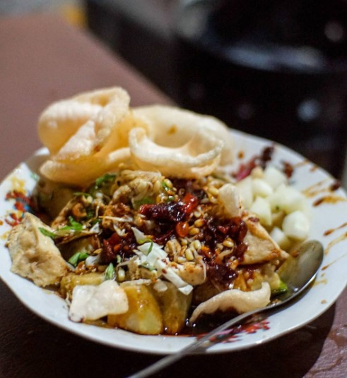 Makanan Khas Magetan Tepo Tahu
