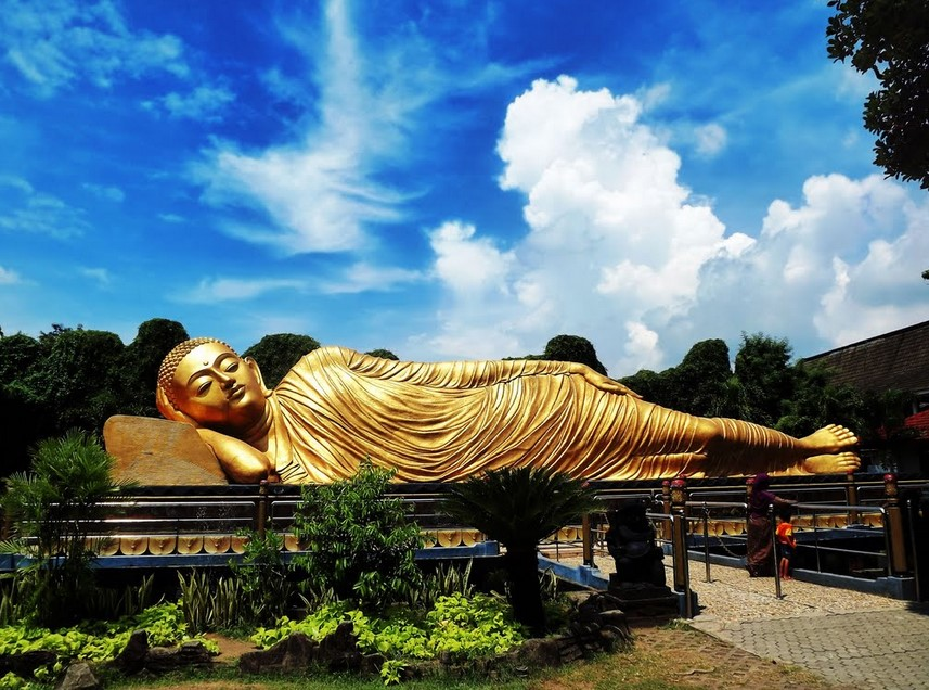 Ciri-Ciri Patung Budha di Mojokerto