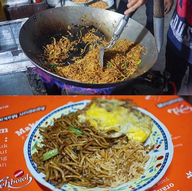 Mie Goreng dan Nasi Goreng Cilacap