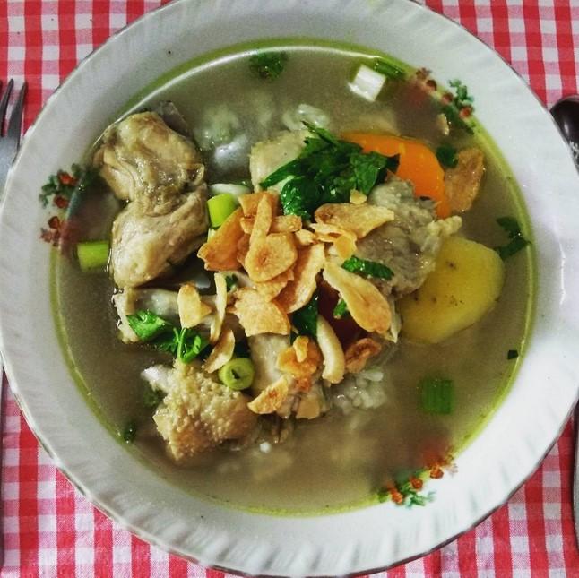 Sop Ayam Pecok Pak Min
