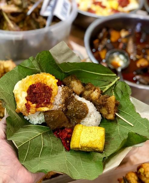 Menu Warung Makan Nasi Jamblang Mang Dul