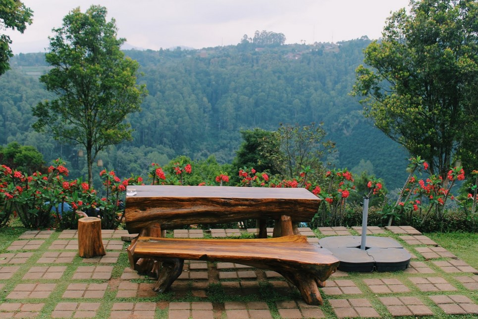 Pemandangan Cafe D'Pakar Dago