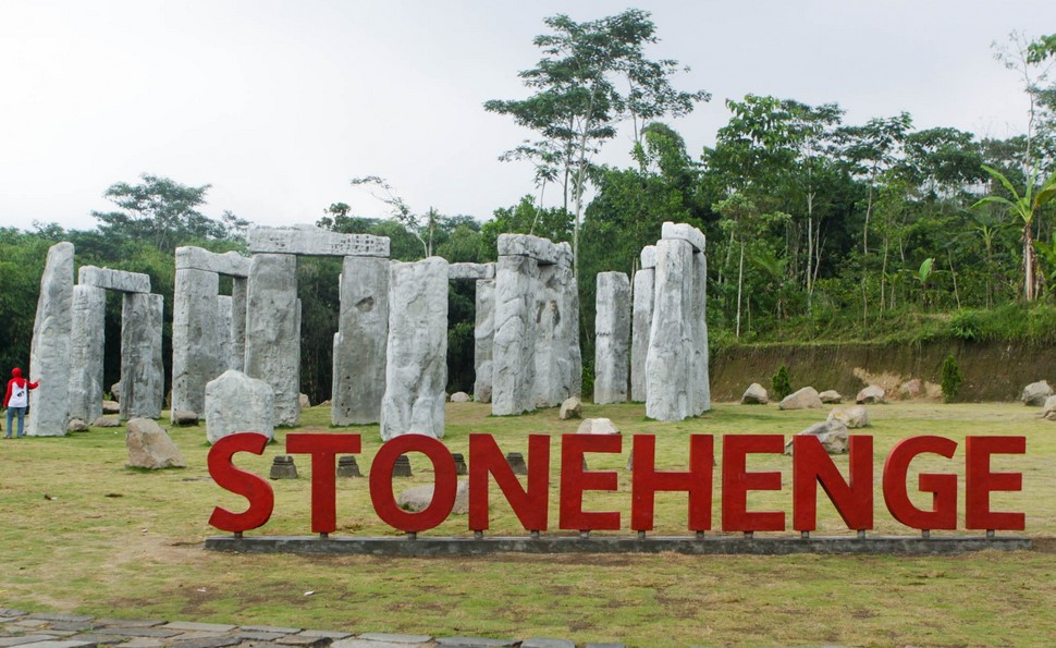 Info Seputar Stonehenge Jogja