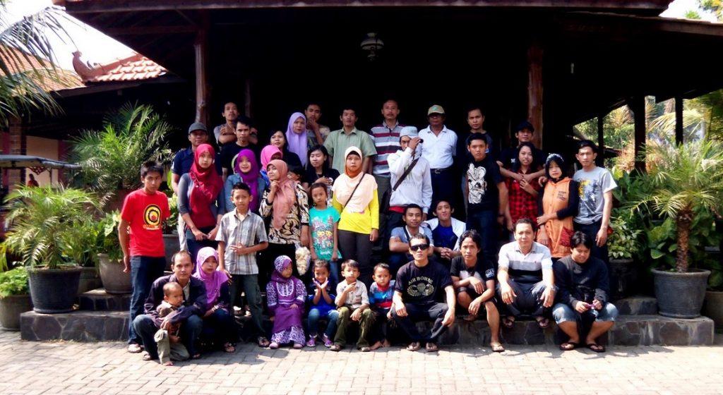 Warung Desa Trawas Ramai Dikunjungi
